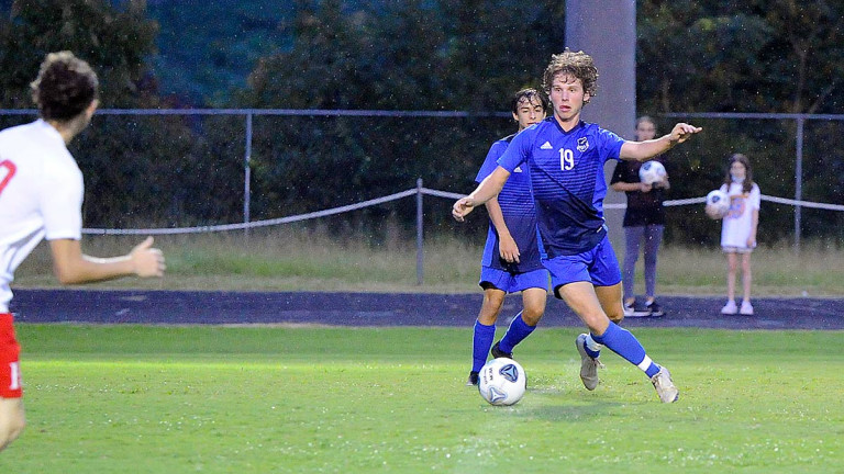 Hibriten rolls to non-conference win over Polk County