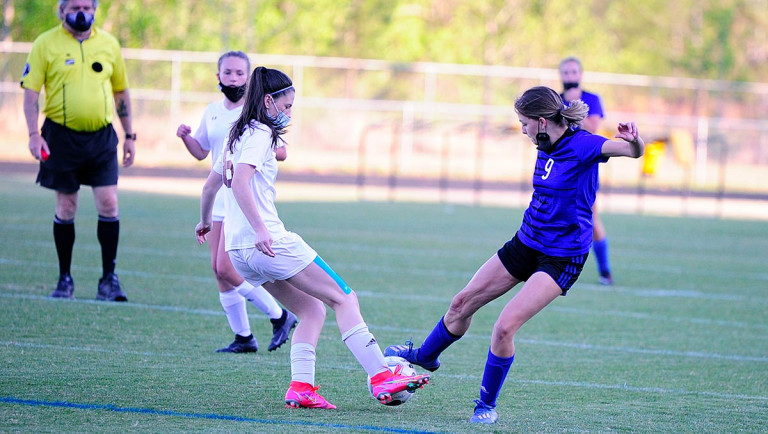 Akers' hat trick helps propel Polk to victory at Mitchell