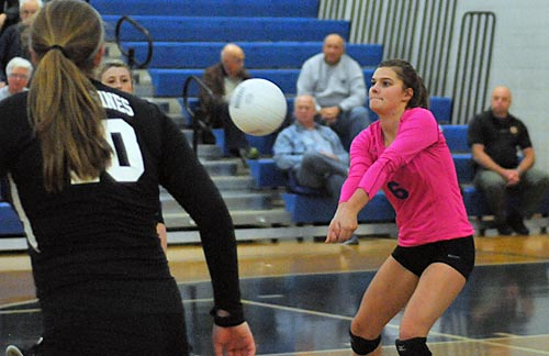 Libero Kendall Hall had 22 digs in the victory.