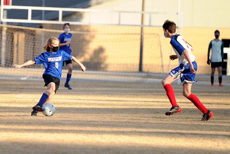 Polk Middle unleashes goal flurry to top Rugby
